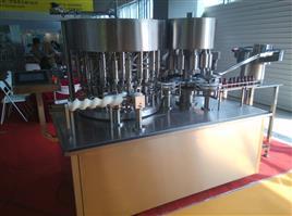 KGF15(20)型液体灌装机