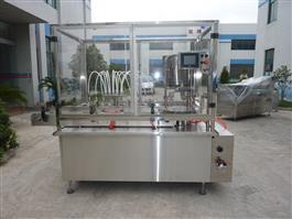 QGS-Z型直线式灌装上塞轧盖机